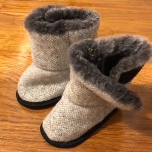 Other - Baby boy or girl booties size 0-12 month